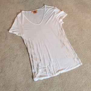 Tory Burch white T-shirt w/ silver accents. Sz M.